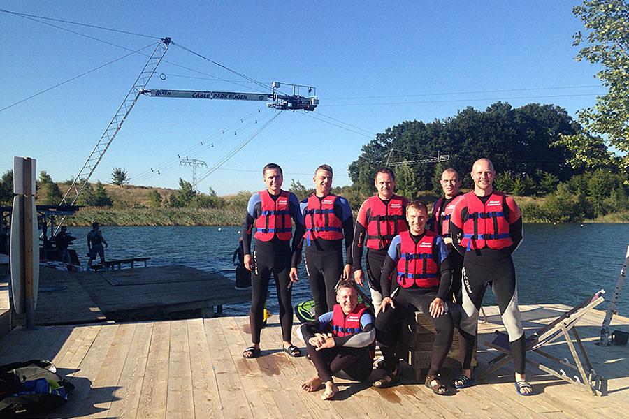 Maßnahmen fürs Teambuilding im Wassersportzentrum bei Cable Park Rügen in Zirkow